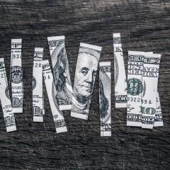 Wynagrodzenie pisarzy w USA spadło poniżej granicy ubóstwa