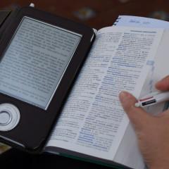 Nowe badania wśród uczniów – wolą papier czy ebooki?